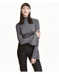 H&M - Gray Rib-knit Frilled Jumper - Lyst