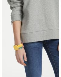 One Button - Green Curve Disc And Square Bead Stretch Bracelet - Lyst