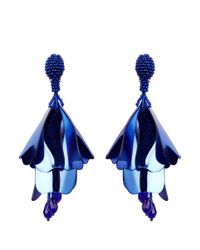 Oscar de la Renta - Blue 'mini Impatiens' Petal Glass Crystal Drop Clip Earrings - Lyst