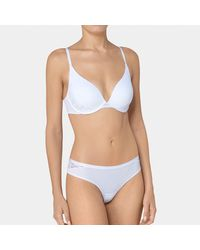 Triumph - White Magic Wire Lite Lace Minimiser Bra - Lyst