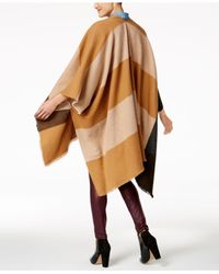 Anne Klein - Brown Abstract Colorblocked Plaid Split Cape - Lyst