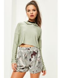 Missguided | Gray Petite Exclusive Grey Satin Floral Print Shorts | Lyst