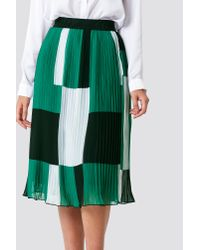 NA-KD - Block Colored Pleated Skirt Green Comb - Lyst