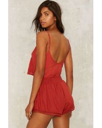 Nasty Gal - Red Bit Of A Stretch Low-rise Shorts - Rust - Lyst