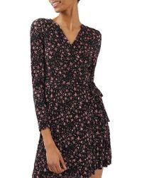 TOPSHOP | Black Star Plisse Wrap Dress | Lyst