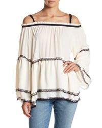 Romeo and Juliet Couture - White Cold Shoulder Bell Sleeve Blouse - Lyst