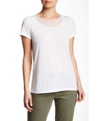 NYDJ - White Crochet Trim Linen Blend Knit Tee - Lyst