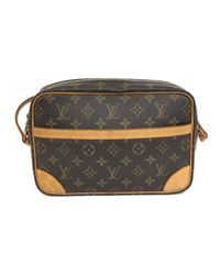 82b47c12eefe Lyst - Louis Vuitton Trocadero 27 Shoulder Crossbody Bag Monogram ...