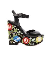 Alice + Olivia | Black Siena Too Wedge | Lyst