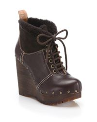 See By Chloé | Brown Clive Faux Leather & Shearling Clog Wedge Booties | Lyst