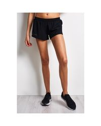 Under Armour - Accelerate Short - Black - Xs Black Women's Shorts In Black - Lyst