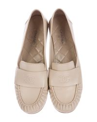 Chanel - Natural Cc Moccasin Loafers Beige - Lyst