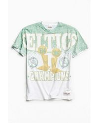 Mitchell & Ness | Green Boston Celtics Cut To The Basket Tee for Men | Lyst