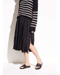 Vince - Black Pleated Italian Crepe De Chine Skirt - Lyst