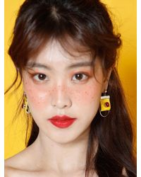 W Concept - Yellow Square Earring - Lyst