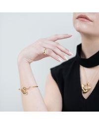 Felice Dahl - Metallic Första Cuff Bracelet Gold - Lyst