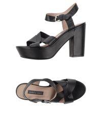 Janet & Janet - Black Sandals - Lyst