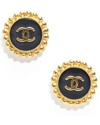 Chanel Preowned Vintage Cc Gold Clip On Earrings - Lyst