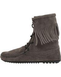 Minnetonka Tramper Ankle Hi Boot - Lyst