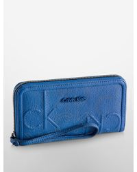 CALVIN KLEIN 205W39NYC - Hailey Embossed Logo Continental Wallet - Lyst