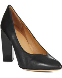 Marc By Marc Jacobs Pointed Toe Pumps - Lyst