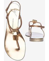 Giuseppe Zanotti Prism Diamond Detail Thong Flat Sandal gold - Lyst