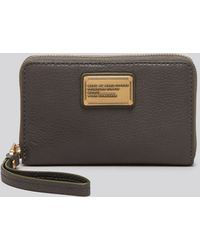 Marc By Marc Jacobs Iphone 5 Wristlet - Classic Q Wingman - Lyst