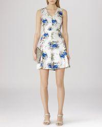Reiss Dress - Calin Printed Novelty blue - Lyst