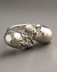 Alexander McQueen Skull Bypass Ring, Silvertone silver - Lyst
