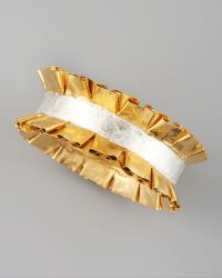 Stephanie Anne Marie Ruffled Bangle gold - Lyst