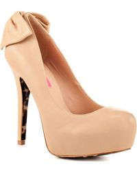 Betsey Johnson Nevaeh Leather Pumps - Lyst