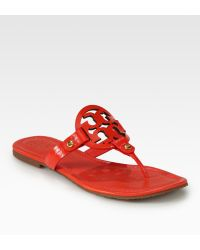 Tory Burch Miller Patent Leather Thong Sandals - Lyst