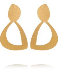 Herve Van Der Straeten Hammered 24-karat Goldplated Clip Earrings - Lyst