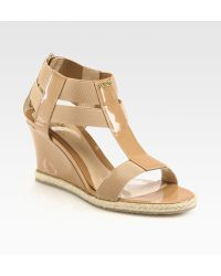 Fendi Carioca Patent Leather T-Strap Wedge Sandals - Lyst