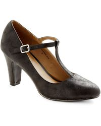 ModCloth Everythings Aglow Heel in Onyx - Lyst