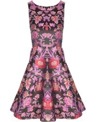 Alice + Olivia Foss Fitted Bodice Cut Out Back Dress - Lyst