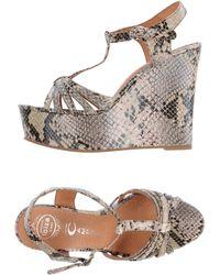 Jeffrey Campbell Rakel Platform Sandals beige - Lyst