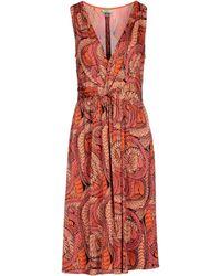 Issa Knee-Length Dress orange - Lyst