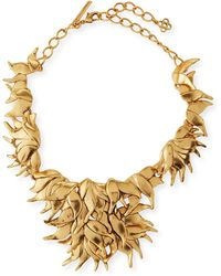 Oscar de la Renta Golden Wavy Leaf Necklace - Lyst