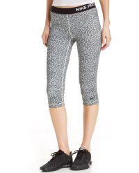Nike Pro Mezzo Printed Capri Leggings - Lyst
