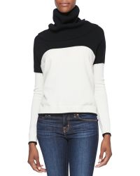 Alice + Olivia Alice  Olivia Colorblock Turtleneck Knit Sweater Blkcrm Xsmall - Lyst