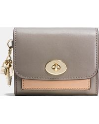 COACH | Charm Compact Case In Colorblock Leather | Lyst