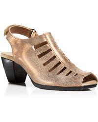 Munro Slingback Sandals - Abby Mid Heel Metallic - Lyst