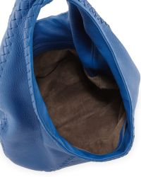 Bottega Veneta Medium Wovendetail Cervo Hobo Bag Electrique Blue - Lyst
