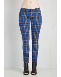 Tripp Nyc - Never Plaid It So Good Trousers In Cobalt - Low-rise - Lyst