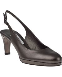 Vaneli For Jildor Faby-2 Slingback Pump Pewter Leather - Lyst