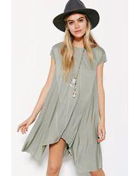 BDG Carina Oversized T-Shirt Dress green - Lyst