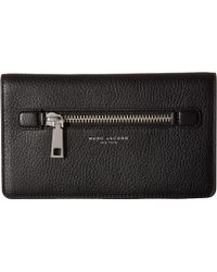 Marc Jacobs - Gotham Flat Phone Pouch - Lyst