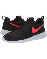 c3413b0236b Lyst - Nike Roshe Two Flyknit V2 Sneaker for Men