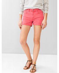 Gap 1969 Slim Denim Shorts pink - Lyst